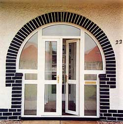 http://www.bahama.co.uk/porches/images/thumbnails/entrance_door5_jpg.jpg
